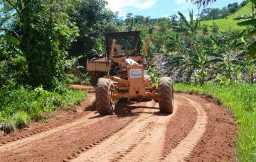 Alfredo Chaves: estradas do interior recebem melhorias
