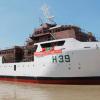 Navio da marinha chegou à foz do Rio doce