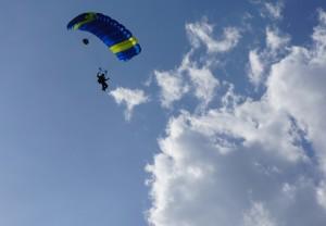 Paraquedismo em Guarapari