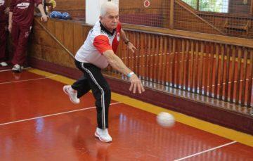 Terceira idade de Guarapari participa de competição Estadual