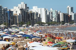 Praia do Morro cheia