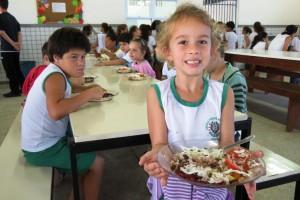Merenda escolar Ana Araujo