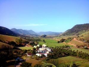 Destino do bom velhinho é a vila de Cachoeira Alta.