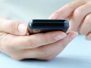 Operadoras de celular alteram planos sem o aval do cliente