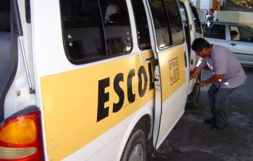 Transporte escolar deve validar o registro no Detran ES
