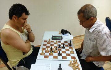 Atletas do Uruguai e da Itália marcam presença no Torneio de Xadrez em Guarapari