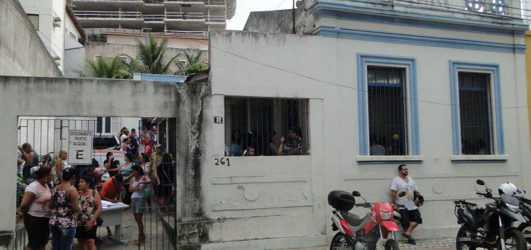 Depois de morar em imóvel da colônia de pescadores, presidente quer vender para melhorar a sede no Centro