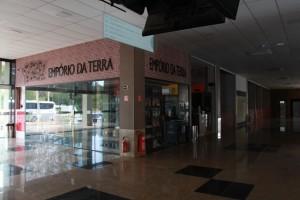 Por falta de pagamento, Rodoviária de Guarapari fica sem energia elétrica.