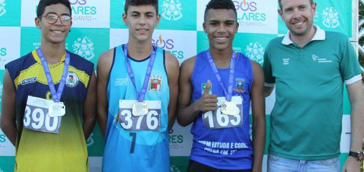 Jovens medalhistas de Anchieta conquistam vaga em campeonato nacional