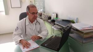 DR. GILBERTO Neves de Araújo. CRM 1054-ES.