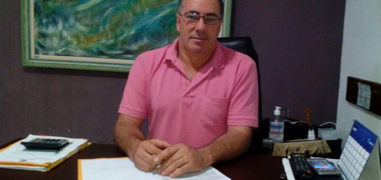 Vereadores rejeitam denúncia e Wanderlei continua na presidência da Câmara
