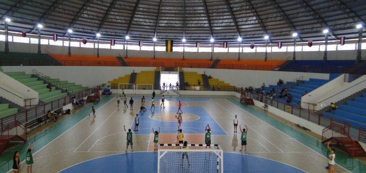 Complexo Esportivo atende mais de 1.700 alunos da rede municipal