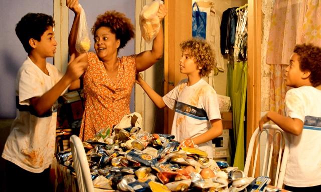 Imagem do Filme Hora do Lanchêêê, de Claudia Mattos. Divulgação.