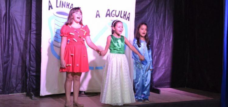 Mostra de teatro juvenil vai até domingo em Alfredo Chaves