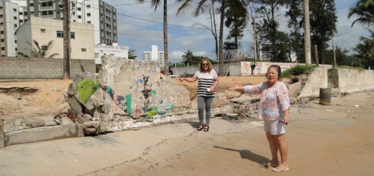 Praia da Cerca: muro de arrimo cede e moradores esperam reparos há oito meses