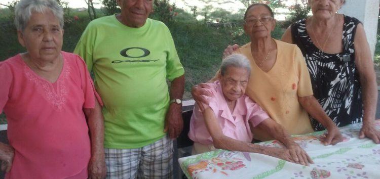 Senhora de Jabaraí completa 104 anos