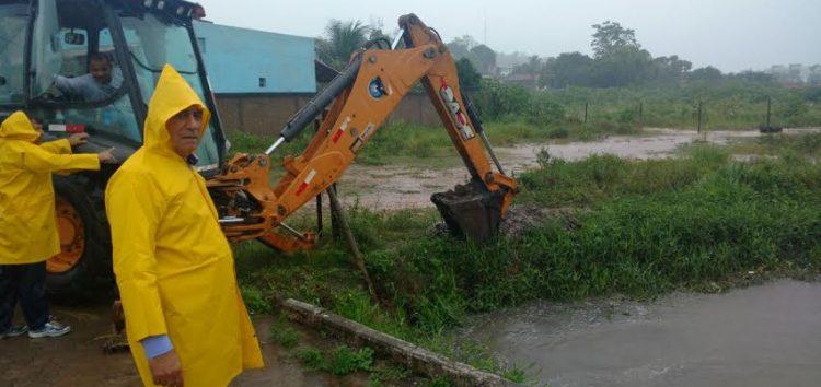 Chuva: Alfredo Chaves e Anchieta em Alerta