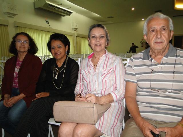 Carmélia Costa, Lúcia Novaes, Terezinha e José Hingel,