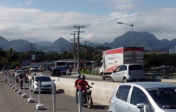 Empresa de ônibus diz que obra na ponte de Guarapari está causando atrasos