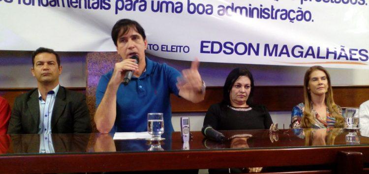 Coletiva Edson: prefeito eleito fala sobre rodoviária, rotativo, casas de aluguel e HFA
