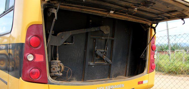 Anchieta: R$ 100 milhões em dívidas e máquinas sucateadas