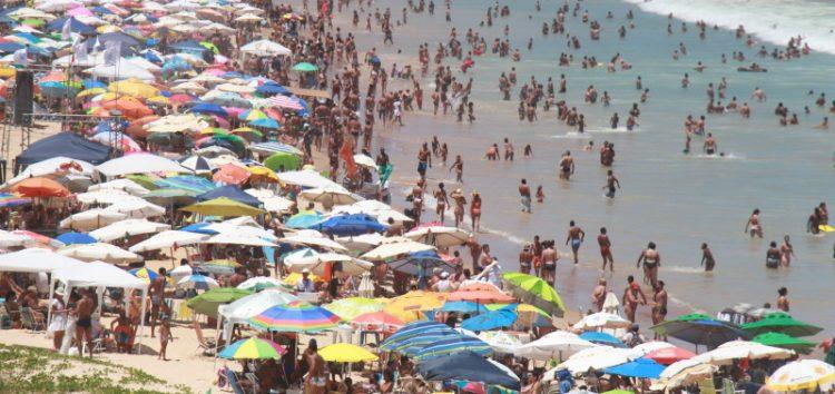 Preços no verão sobem e quem paga a conta é o morador
