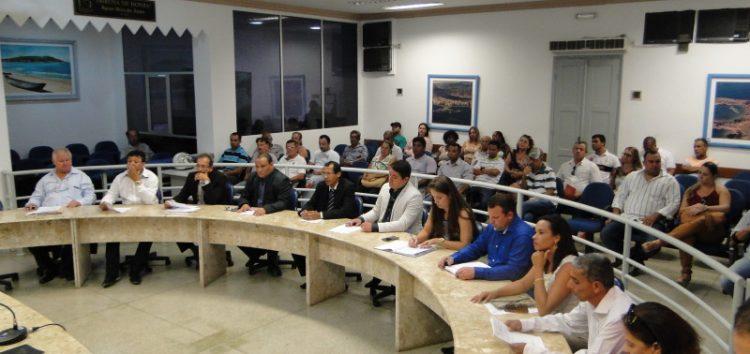 """""""Grupo dos Cinco"""" declara guerra à presidência da Câmara de Guarapari"""