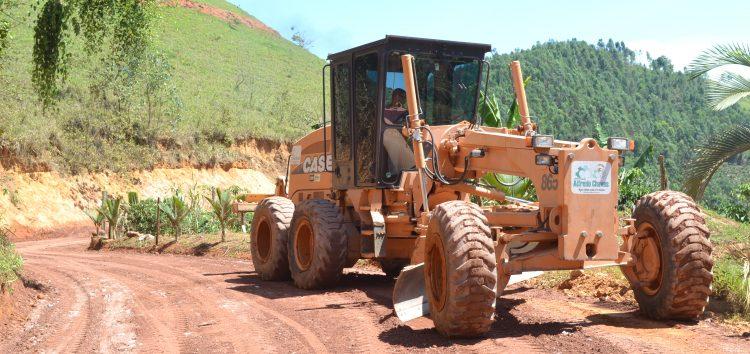 Estradas rurais passam por trabalhos de recuperação