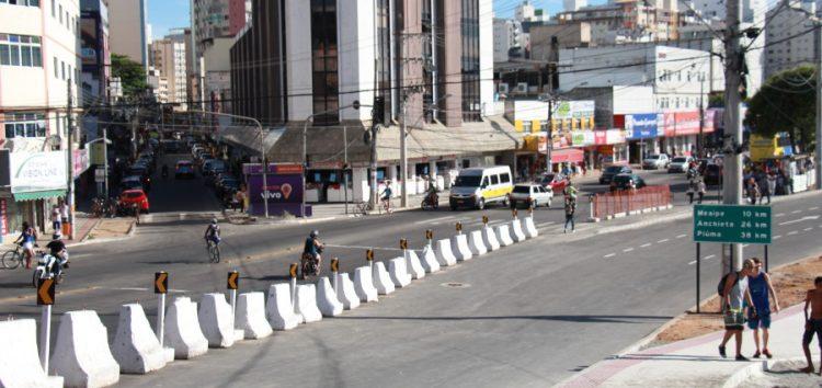 Nova pista do Centro será liberada dia 20 e Av. Roberto Calmon mudará de sentido