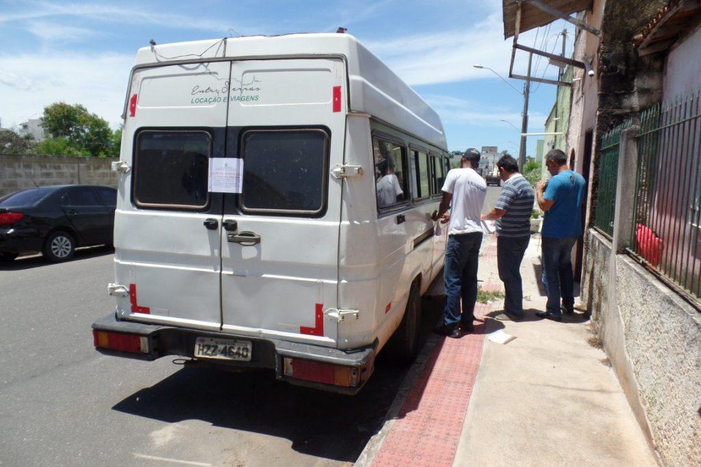 O Motorista foi levado para a delegacia e será transferido para o CDP da cidade. O veículo também ficará retido. Foto: João Thomazelli/Folha da Cidade