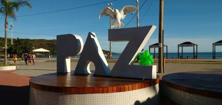 """""""Revogou por pressão"""" diz vereador sobre suspensão da revitalização da Praça da Paz em Guarapari"""