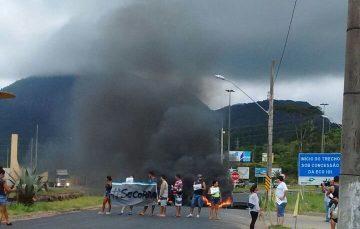 Mais um protesto em Guarapari contra a greve da PM