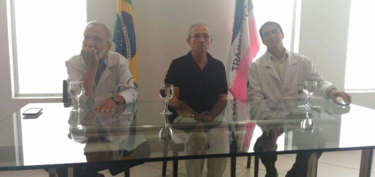Ao Vivo: Governador recebe a imprensa para entrevista coletiva