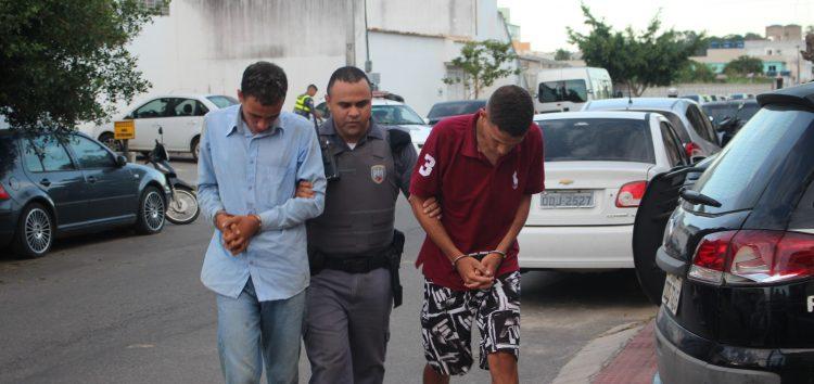 Bandidos são presos depois de fazer arrastão, tentar subornar PM's e delegado em Guarapari