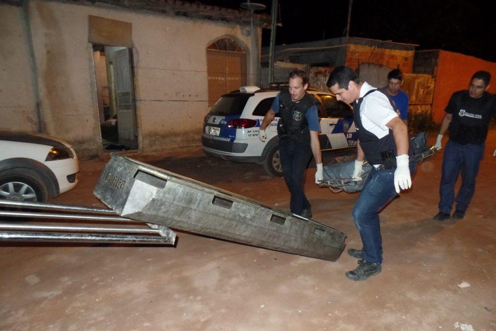 Rafael foi morto por volta das 20 horas enquanto almoçava em sua residência no Bairro Lameirão. Foto: João Thomazelli/Folha da Cidade