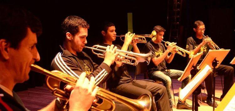 Grupo jovem de trompetes se apresenta no Santuário Nacional de Anchieta