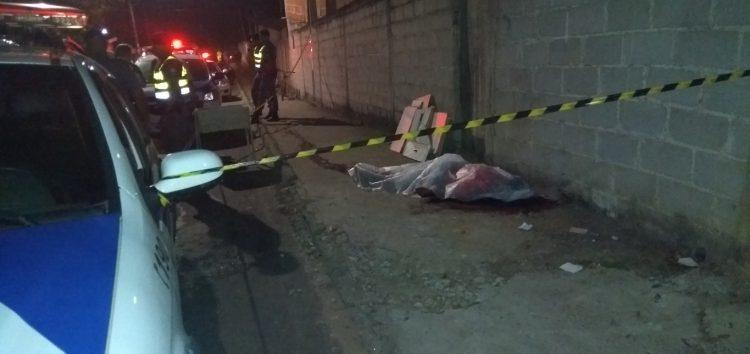 Adolescente é morto a tiros na frente de escola em Guarapari