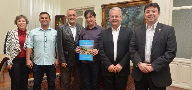 Pauta de reunião entre lideranças políticas trata sobre navios cruzeiros em Guarapari