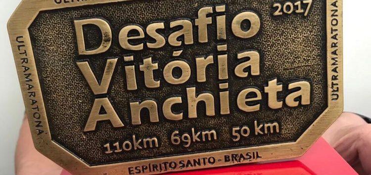 Atleta de Guarapari conquista mais um troféu em corrida de revezamento