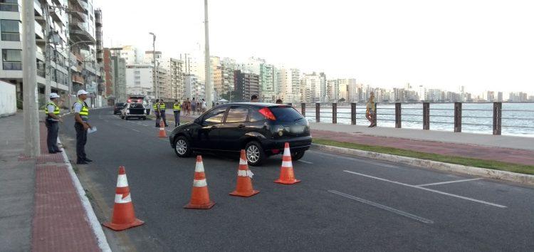 Mais 100 motoristas multados em menos de uma hora de blitz em Guarapari