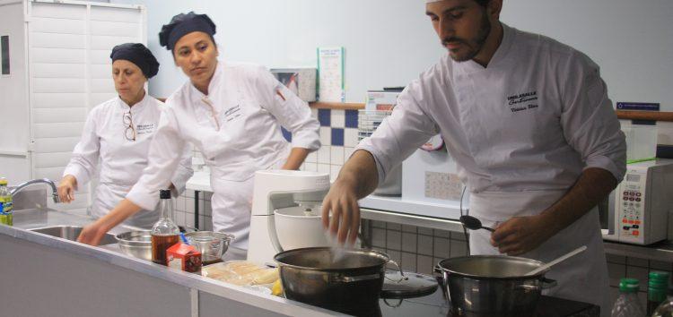 Empresários do setor gastronômico recebem mais uma palestra gratuita