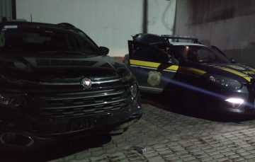 Perseguição, acidente e roubo na noite de ontem em Guarapari