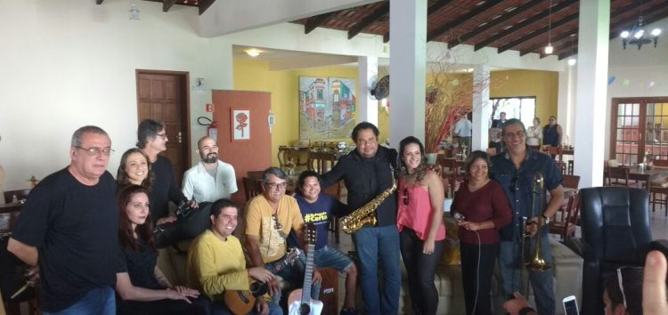 Café apresenta artistas locais do evento Esquina da Cultura