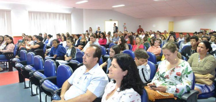 Simpósio de Meio Ambiente em Alfredo Chaves reúne comunidade para manhã de mobilização