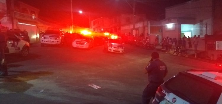 Vídeo: tumulto, gás de pimenta e prisão por desacato em Guarapari