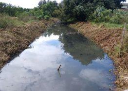 Prefeitura de Anchieta realiza limpeza no Rio Una para impedir proliferação de mosquitos
