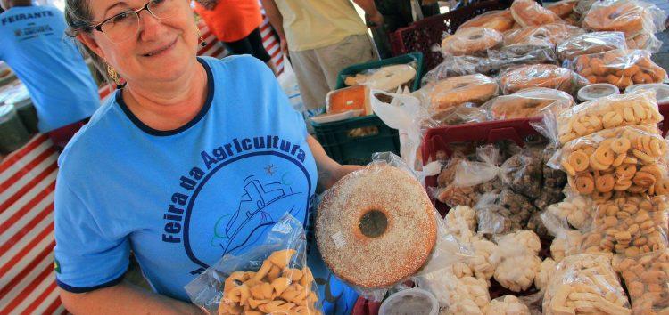 Anchieta realiza pesquisa com clientes da Feira da Agricultura Familiar