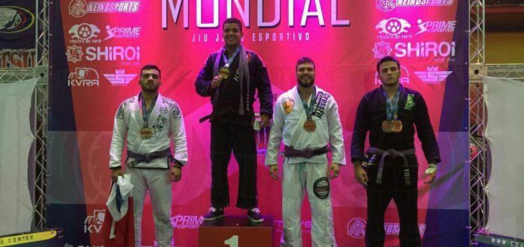 Após ser bicampeão internacional de jiu-jitsu, atleta de Guarapari é destaque em faixa marrom