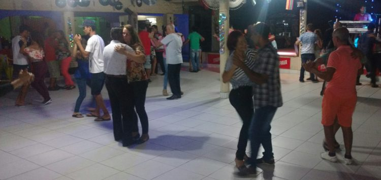 No ritmo de Guarapari, New Bakoka's é referência local
