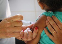 Mãe reclama por não conseguir vacina pentavalente em Guarapari